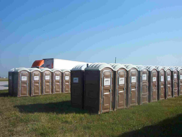 Portable_Toilet_Ampot_12
